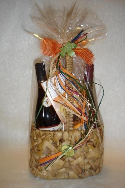 Weingeschenkset Hiazynthe mit jeweils 2 Flaschen Wein